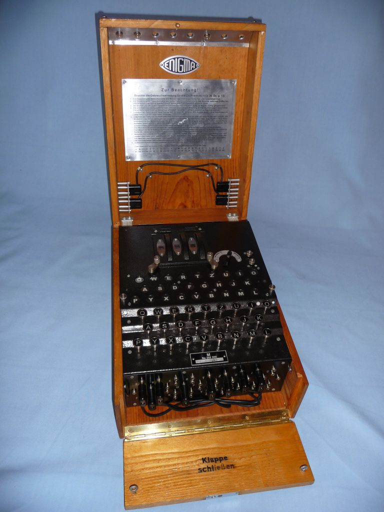 Not exactly true to the original, but working and at first sight of pretty good quality